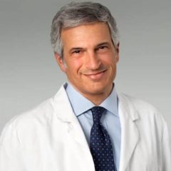 """La """"Tos"""" aumenta (di poco) il rischio di tumore al seno"""