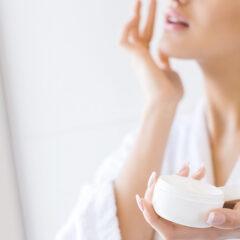 Altroconsumo: le creme antirughe funzionano veramente?