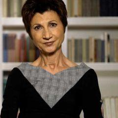 Carla Maria Russo